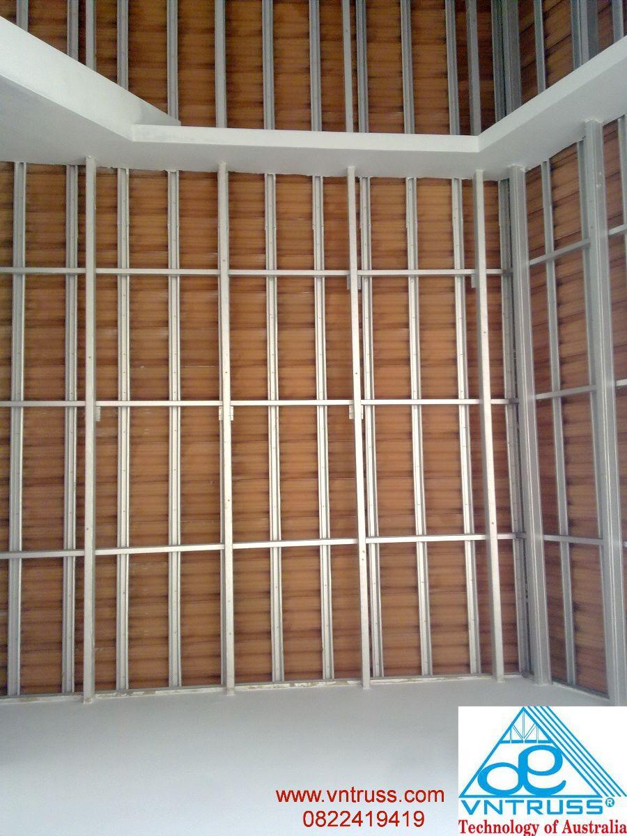 giàn khung xà gồ thép mạ siêu nhẹ chống rỉ cho kết cấu mái lợp ngói vntruss
